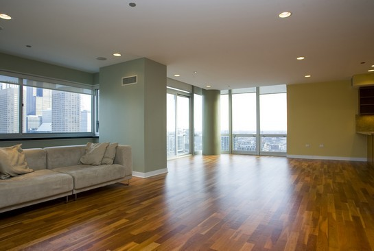 Modern Condo in West Loop